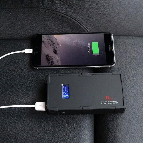 Power-Bank-Car-Jumper-Charging-iPhone